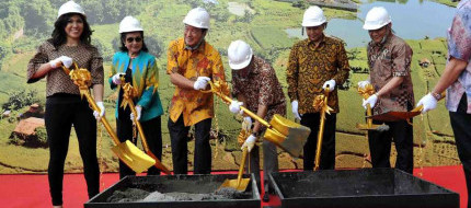 On Time, Pudjiadi Prestige Topping Off Green Palace Residence